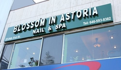 Sally Li:Blossom In Astoria Nail & Spa
